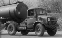 BEDFORD-SCAMMELL OXC